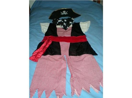 Billede af Sørøverdrengen. Kostume til kørestolsbruger.