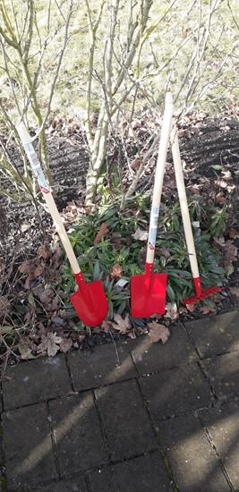 Billede af Have redskaber til   børn 3 sæt rød