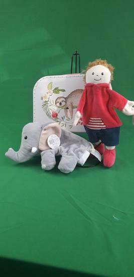Billede af Hånd dukker i kuffert - Dreng og elefant